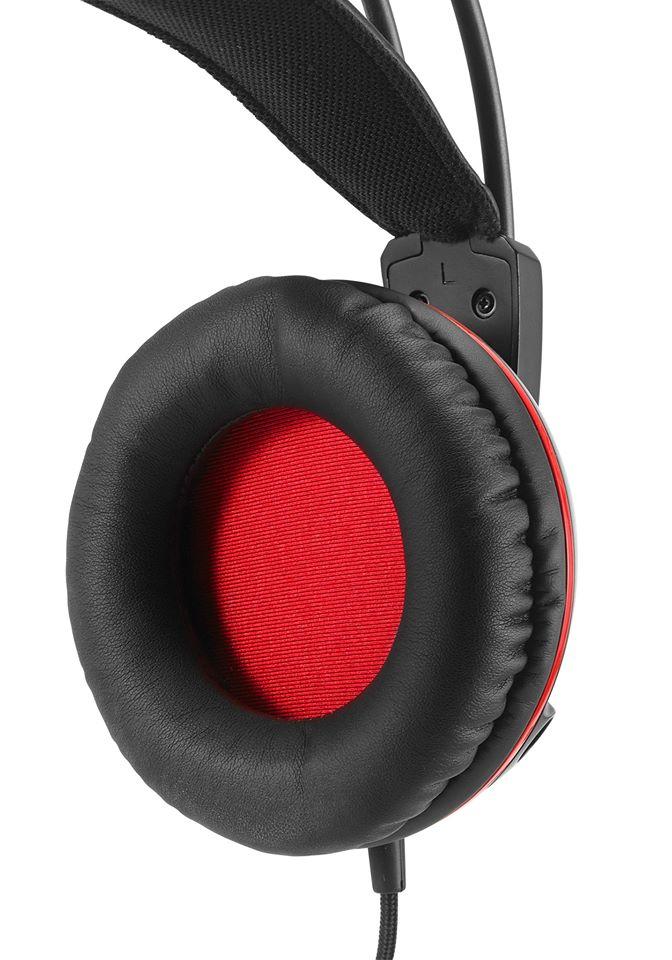 ASUS-Cerberus-gaming-headset3